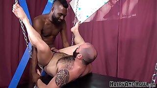 HAIRYANDRAW Raven Stud Donte Oxun Flip Fucks Fetish Daddy